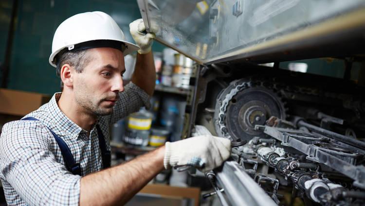 ¿Cómo Decidir si Remplazar o Reparar Maquinaria Industrial?