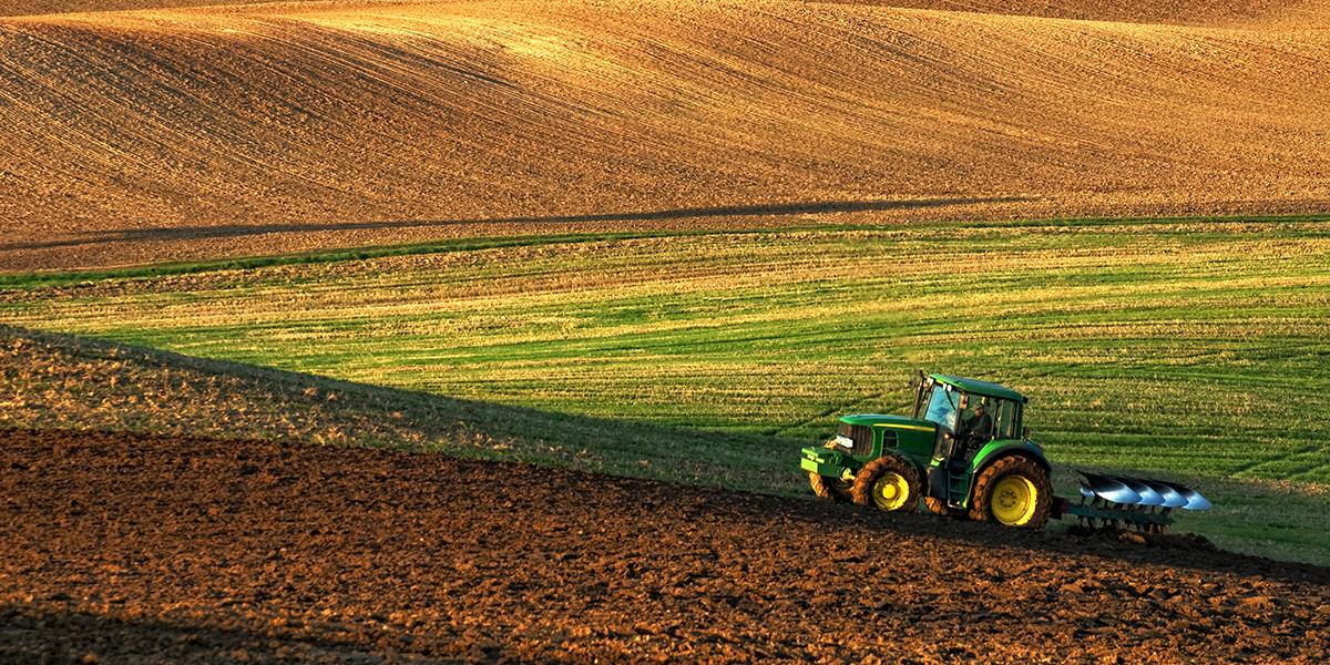Dándole Mantenimiento a tu Tractor