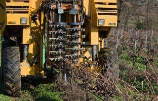 Beneficios de Limpiar el Motor de tu Maquinaria Agrícola